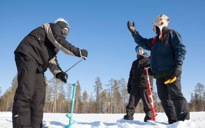 Wintersport in Lapland: rendierraces en ijsvissen,