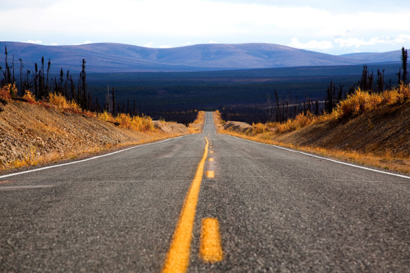 Taylor Highway, die kruist met de Top of the World highway. rondreis, camperreis, camper, huren, Canada, Yukon,