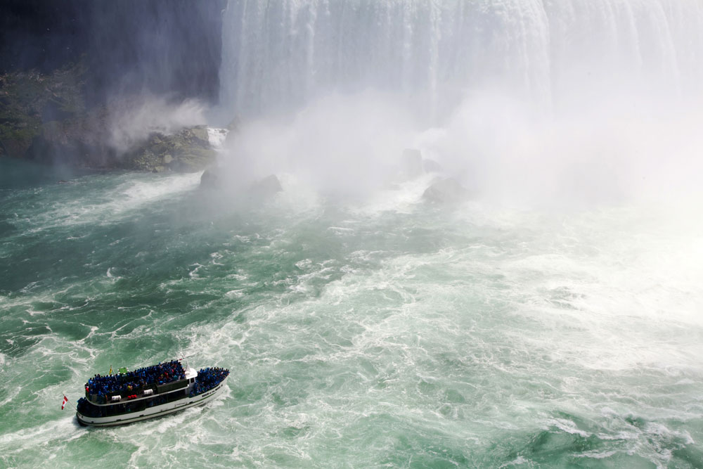 Niagara Falls, Canada, Mermaid of the Mist