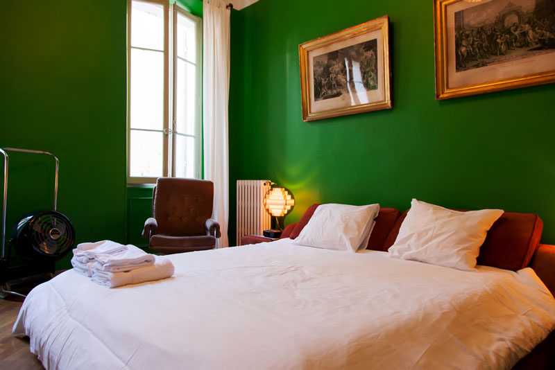 Sweet Dreams: Vintage B&B in Marseille