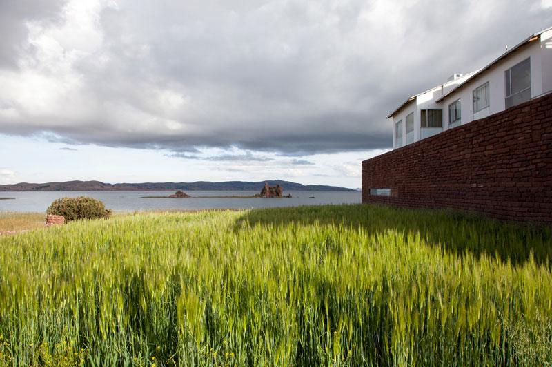Hotel Titilaka is surrounded by untouched nature, Hotel Titilaka bij het Titicaca meer in Peru