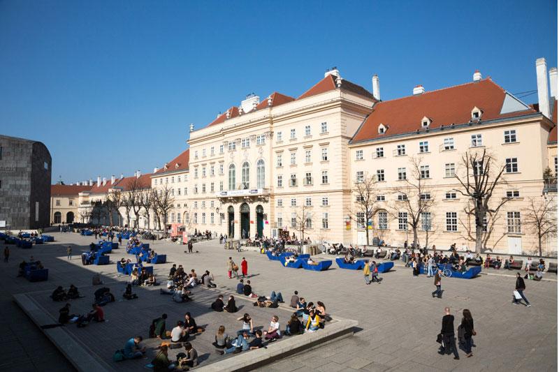 Het trendy museumkwartier MQ in Wenen, Oostenrijk
