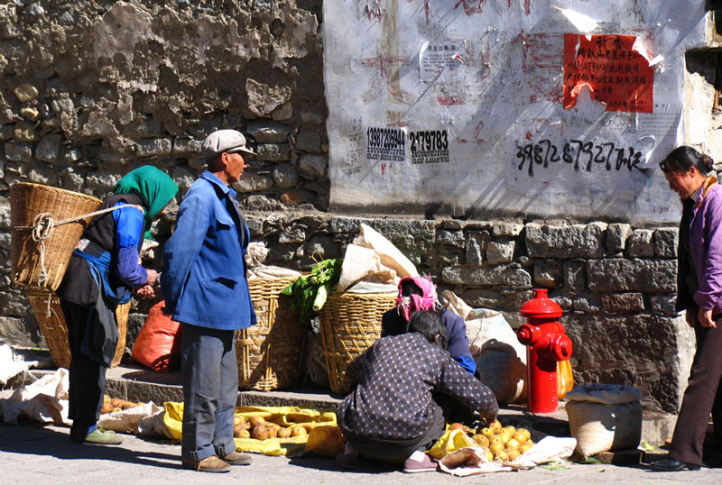 Straatleven in Dali (provincie Yunnan, China).