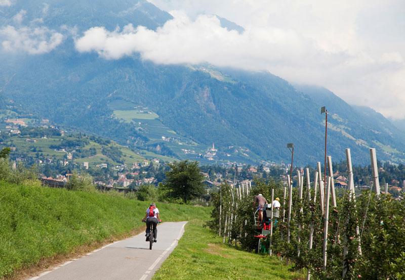 Fietsen in Zuid-Tirol, Italie: tussen Merano en Bolzano.