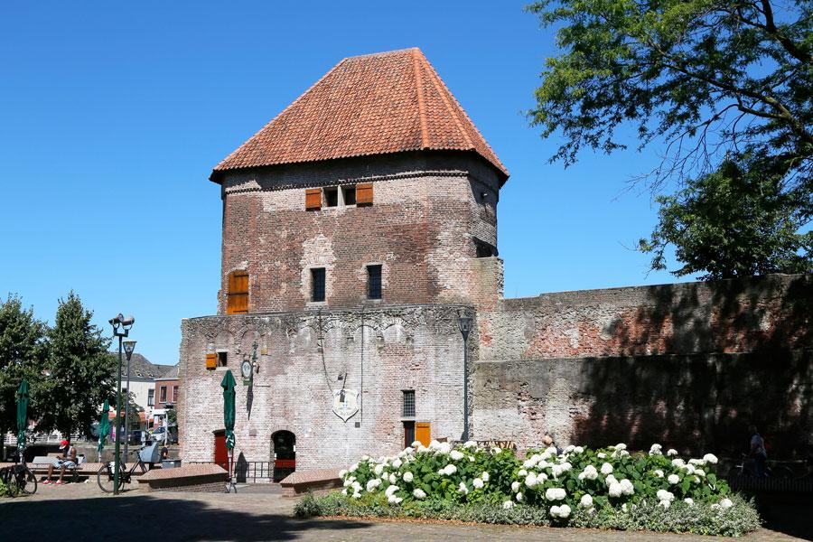 Stedentrip Zwolle: de wijndragerstoren