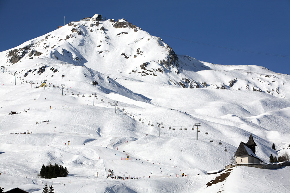 Wintersport in Arosa, Zwitserland
