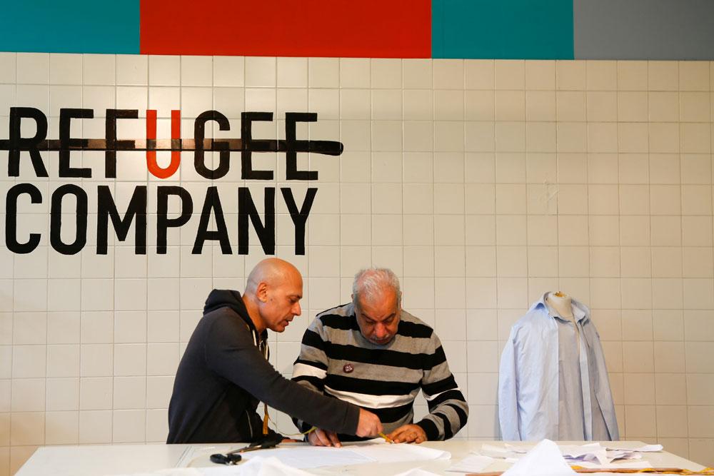 Lola Lik biedt plaats aan initiatieven om vluchtelingen te helpen zoals Refugee Company.