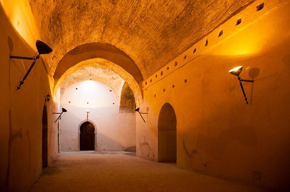 Eindeloos dwalen door de gangen van Heri el Souani in MeknesRondreis Marokko, koningssteden, camperrondreis,