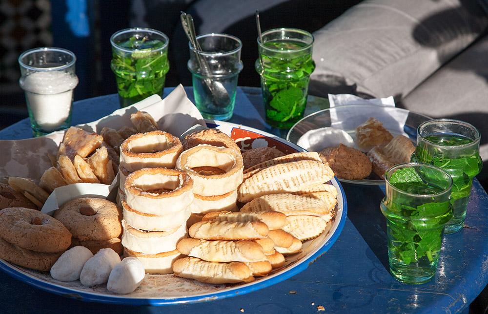 Verse muntthee en koekjes, even relaxen in Rabat, Rondreis Marokko, koningssteden, camperrondreis,