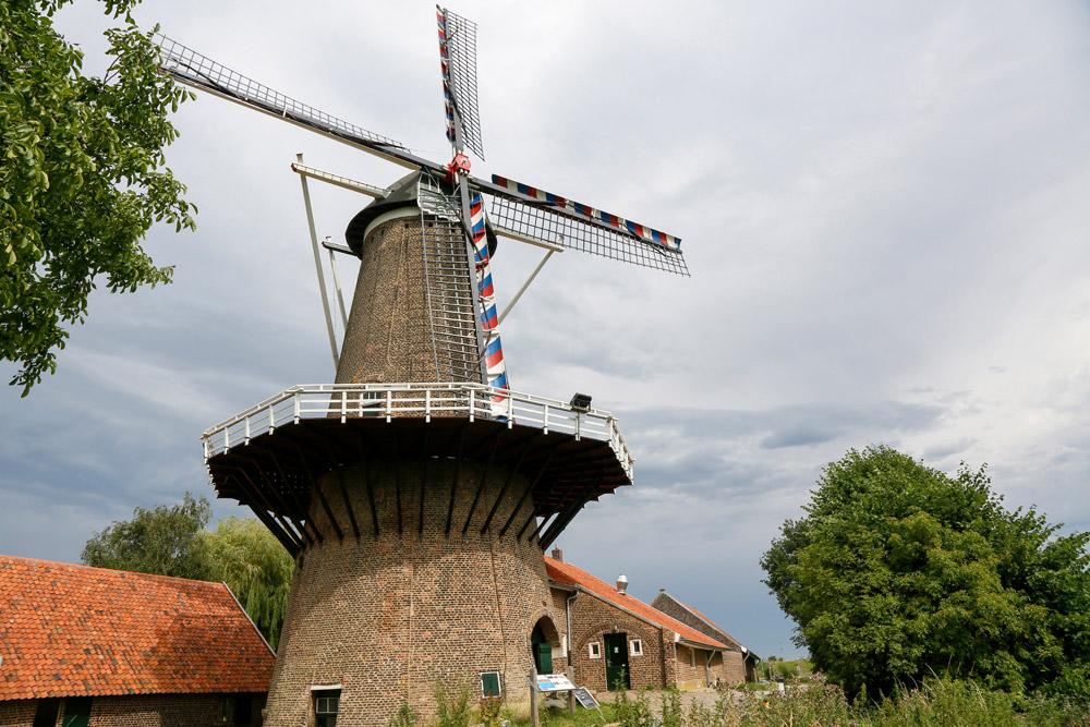 De Hompesche molen maalt weer meel, RivierPark Maasvallei