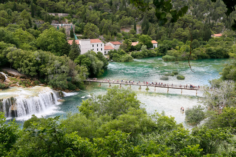 De Skradinski buk watervallen in Krka National Park, cruise Middellandse Zee