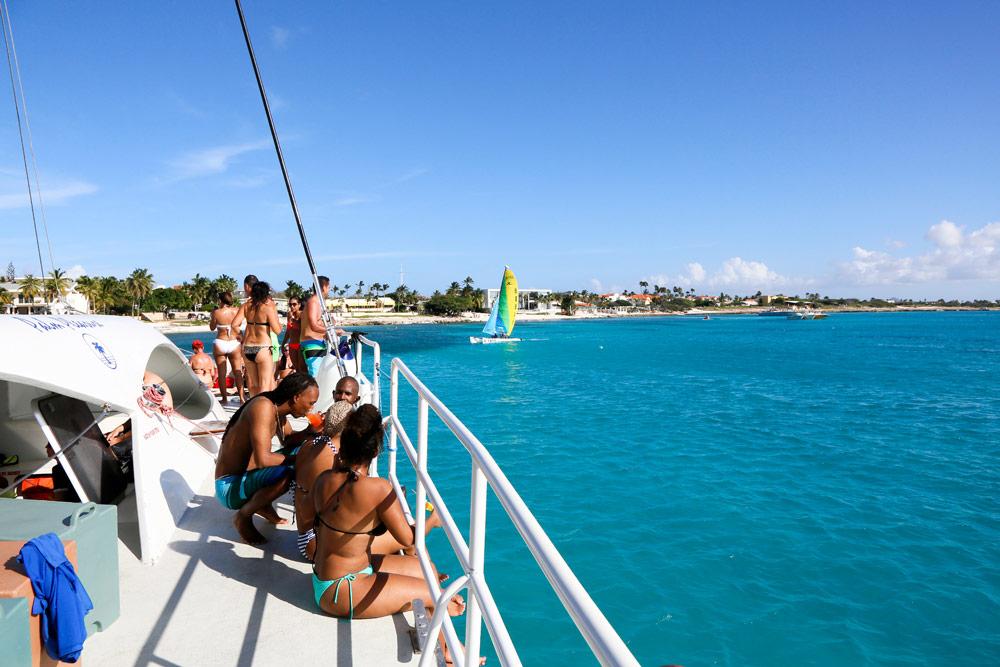 Vakantie Aruba: Uitwaaien tijdens een tochtje met een catamaran