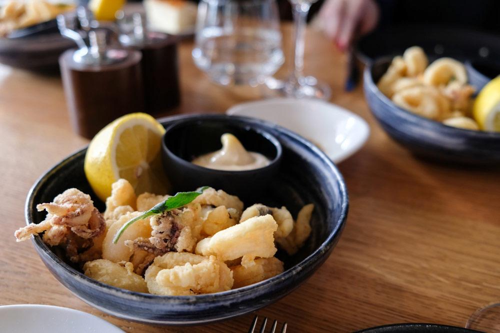 Vistempura bij restaurant Sud Lisboa Stedentrip Lissabon, Portugal, trendy hotspots, bezienswaardigheden