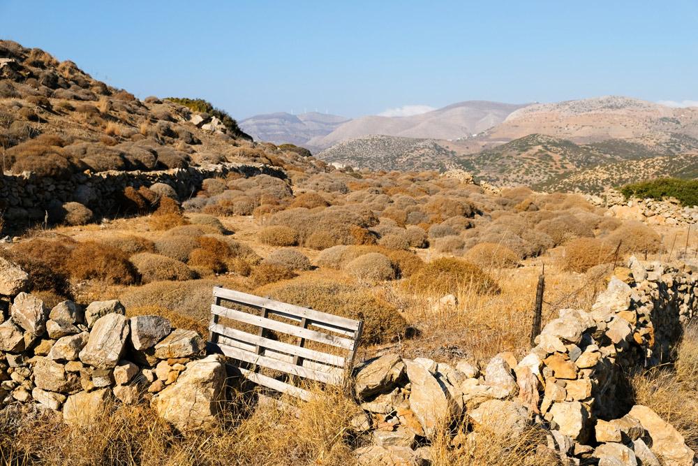Het uitzicht over Syros op weg naar Agios Stefanos Syros, Griekenland, Cycladen, eiland, rondreis, eilandhoppen, hoppen, island,