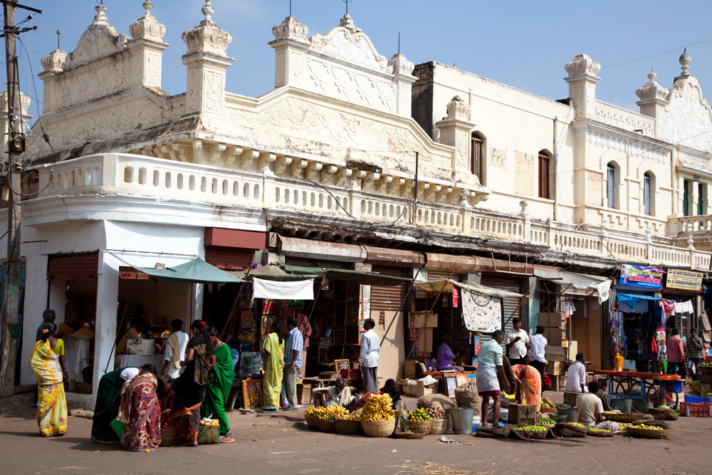 Marktkooplui in Mysore, Zuid-India. rondreis Zuid-India, Kerala. Autorondreis