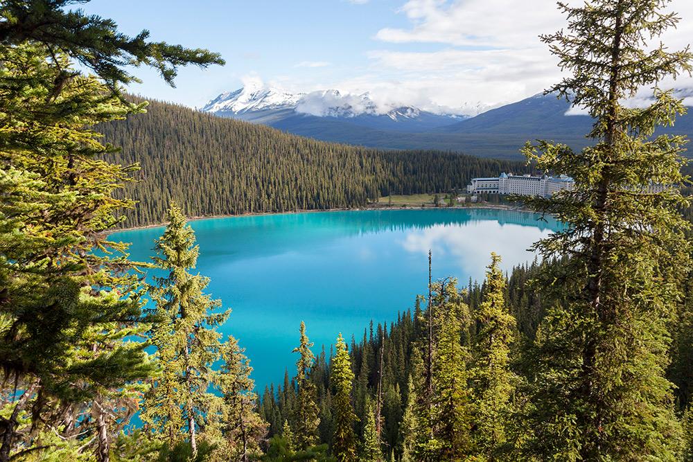 Lake Louise op haar mooist, dat was de wandeling waard. Treinreis Canada, met de Rocky Mountaineer van Banff naar Vancouver