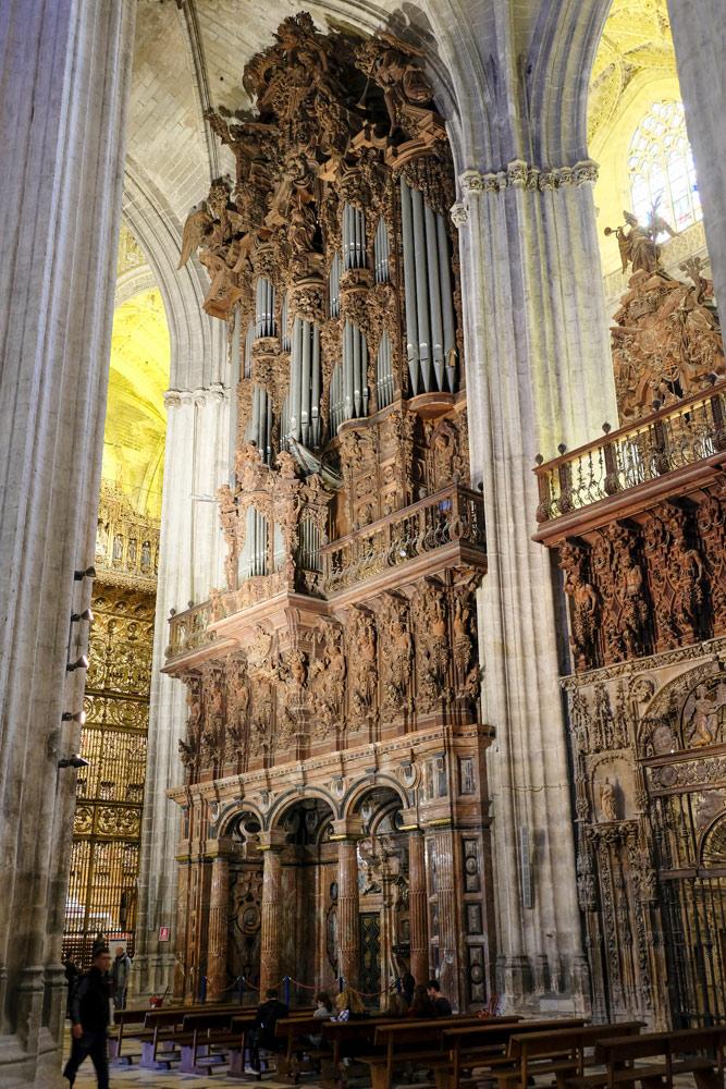 De kathedraal van Sevilla. Budgettips Sevilla, Spanje, stedentrip, hotspots