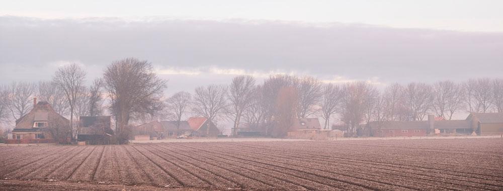 . Wandelen in Nederland bij Warmenhuizen